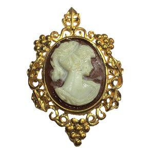 Vintage Cameo Brooch Pin Gold Tone Brown White